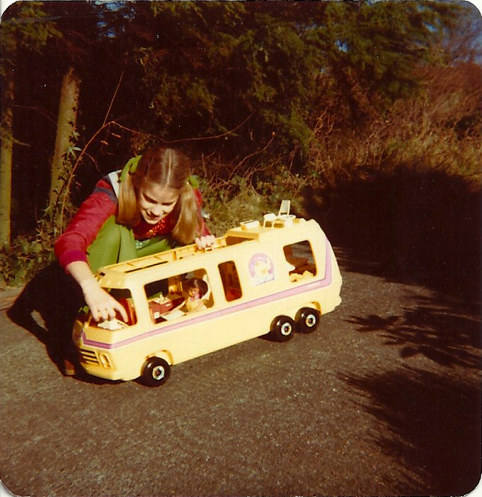 1978 Christmas Barbie Camper 2